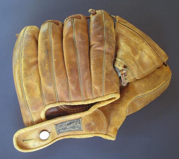 Sean-Kane-Willie-Mays-Glove-Art-5.jpg