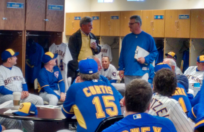 Doug-Melvin-Bill-Schroeder-Brewers-Clubhouse.jpg