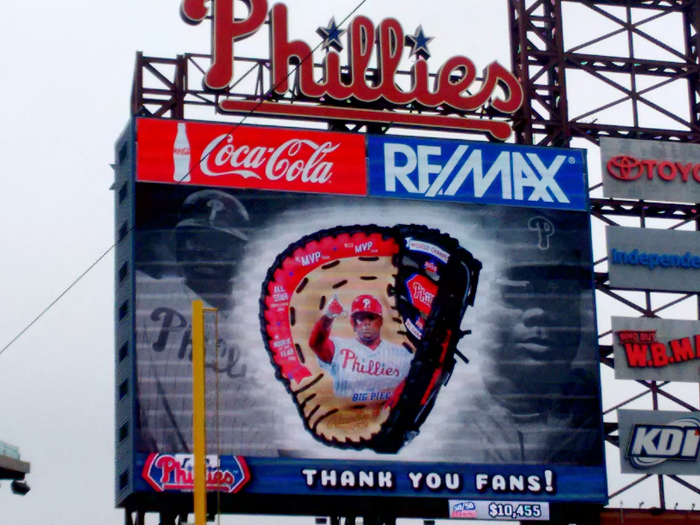 glove-on-scoreboard-700x.jpg