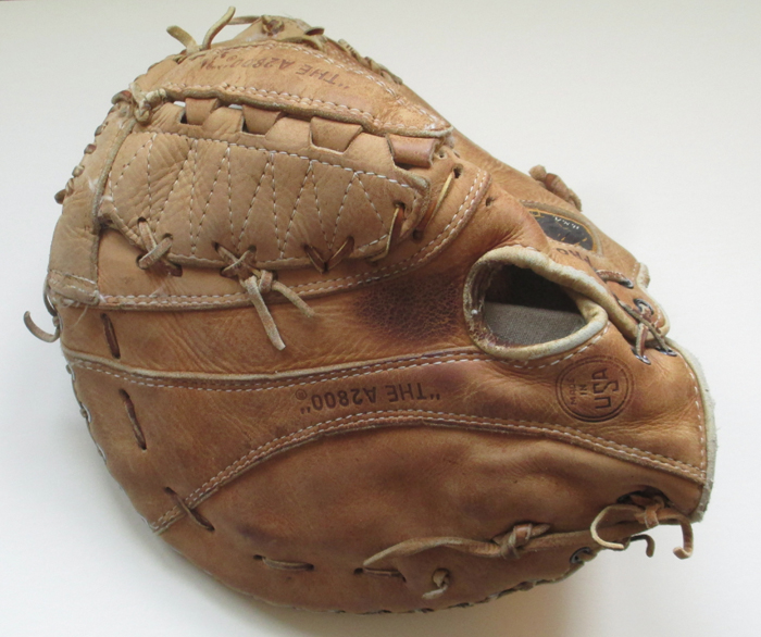 Sean-Kane-Eddie-Murray-Baseball-Glove-Art-mitt-1.jpg