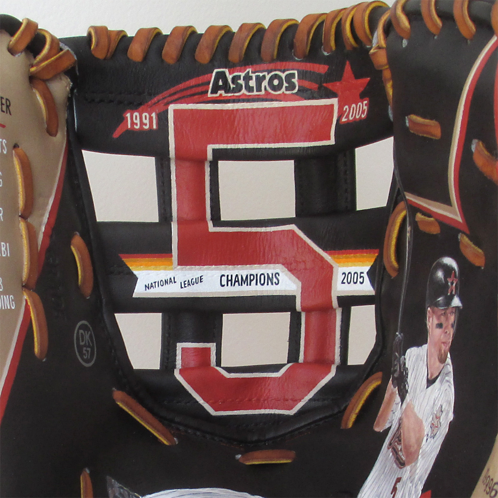 Sean-Kane-Astros-Jeff-Bagwell-5-Painted-Baseball-Glove-Art-detail-1000x.jpg
