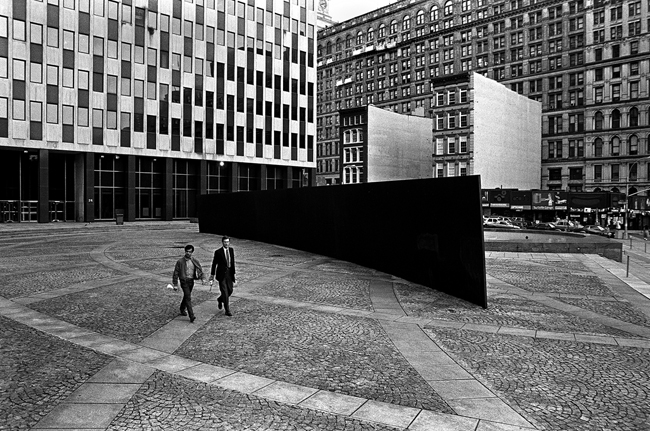 jacob-k-javits-federal-building-plaza-michael-van-valkenburgh-associates-4