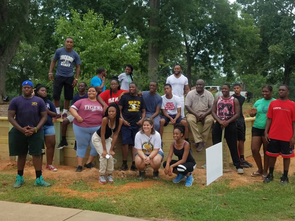 The youth leadership group on a mission trip in South Carolina