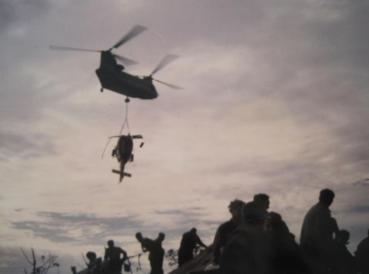 CH-47 retrieving a Huey