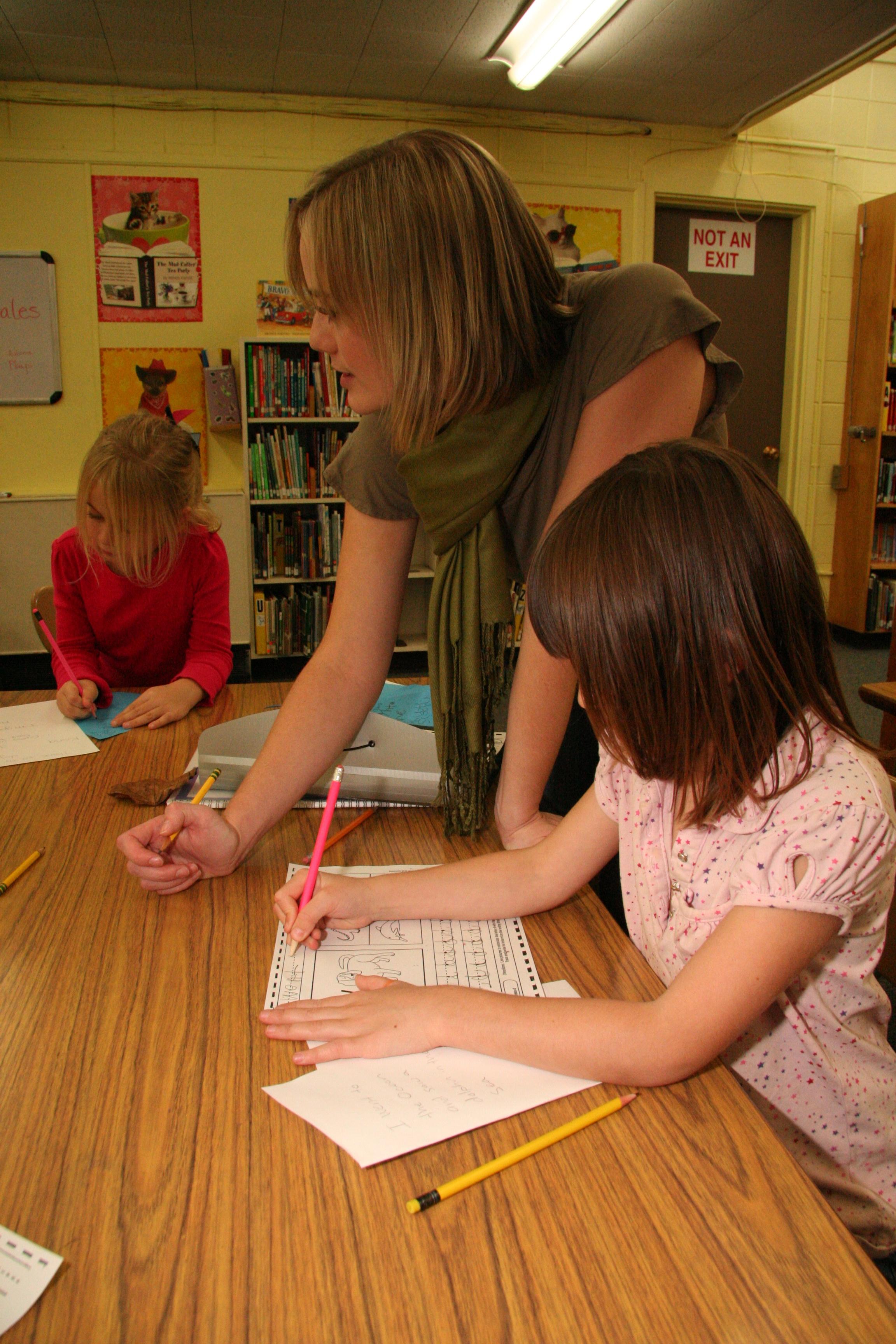 Korrin Volunteering in a Eugene classroom during her undergraduate studies.