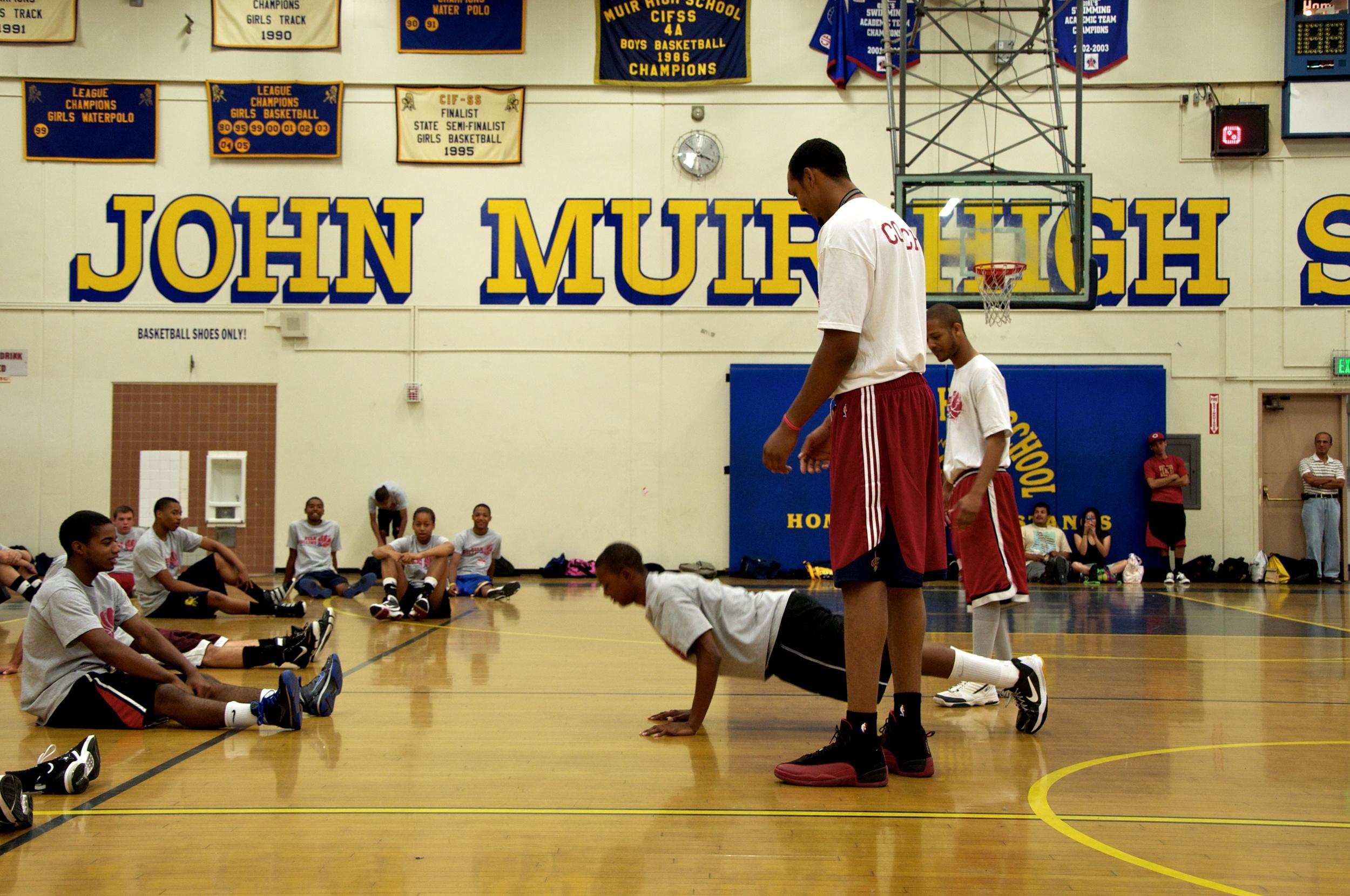 Ryan Hollins Basketball Camp 26.jpg