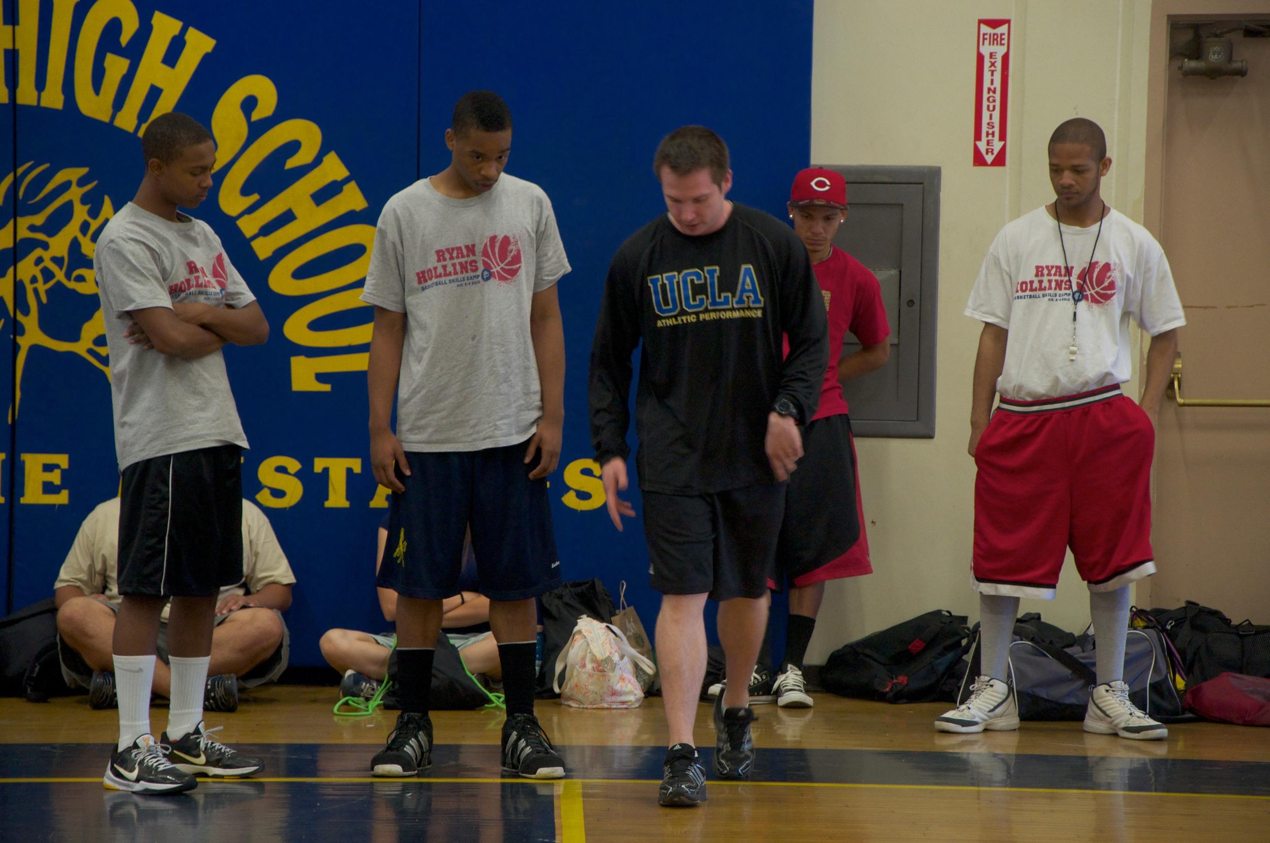 Ryan Hollins Basketball Camp 5.jpg