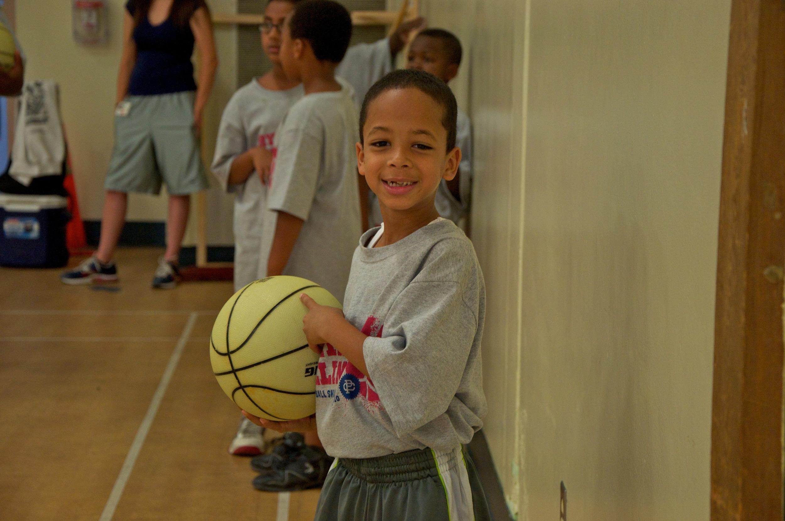 Ryan Hollins Basketball Camp 4.jpg