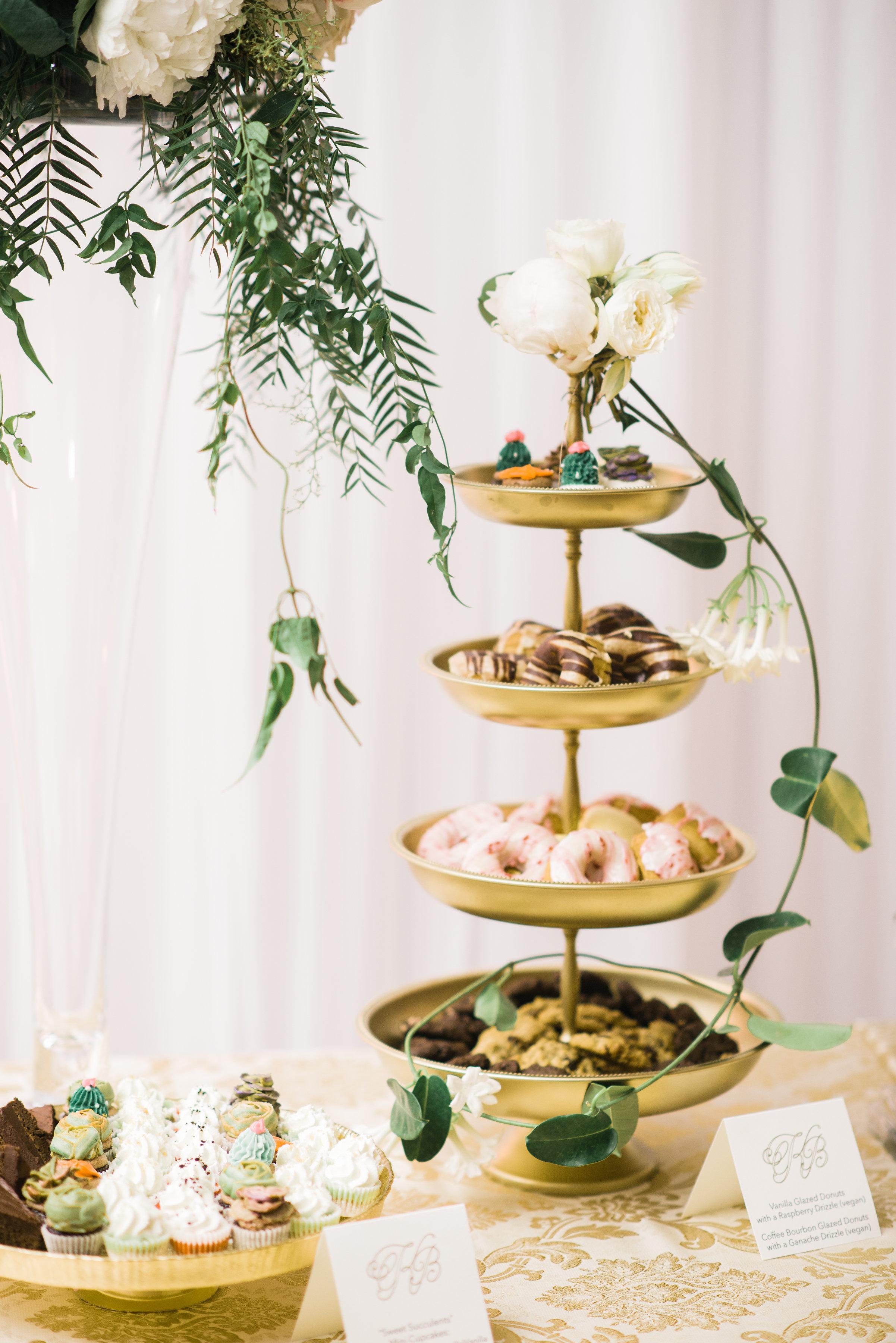 Alexandra-Elise-Photography-Ali-Reed-Caitlin-Benn-Film-Oak-Hill-Wedding-Reception-479.jpg