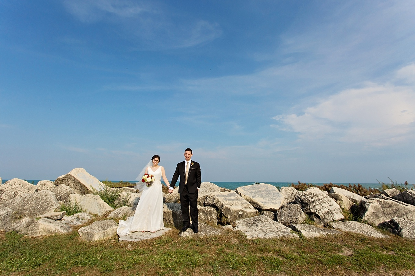 Ronit and Jonathan by Lake Michigan | Photo by  Becky Brown