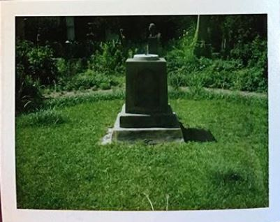 Sundial. Unitarian Cemetery. Charleston, SC. copyright Cheryl Spinner.