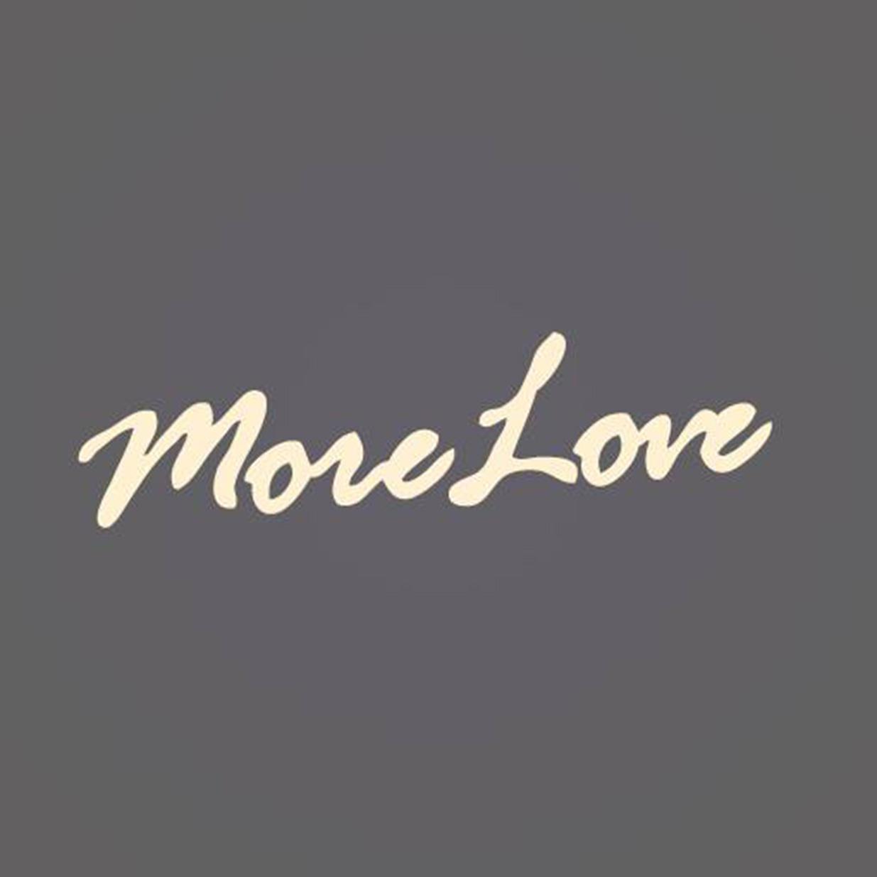 MoreLove_Zeina_02.jpg