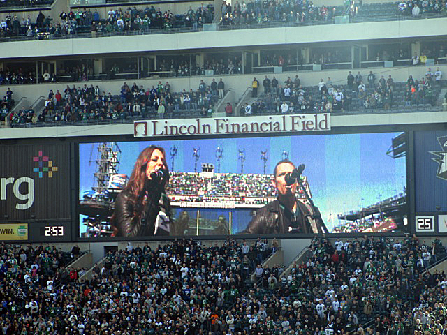 Korbee-National-Anthem-Eagles-Giants-Lincoln-Financial-Field-2.jpeg