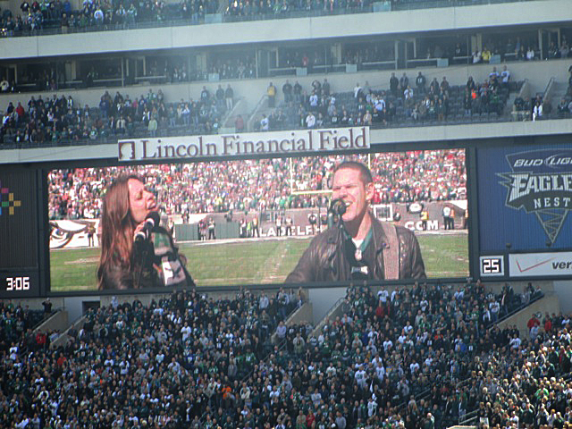 Korbee-National-Anthem-Eagles-Giants-Lincoln-Financial-Field-6.jpeg