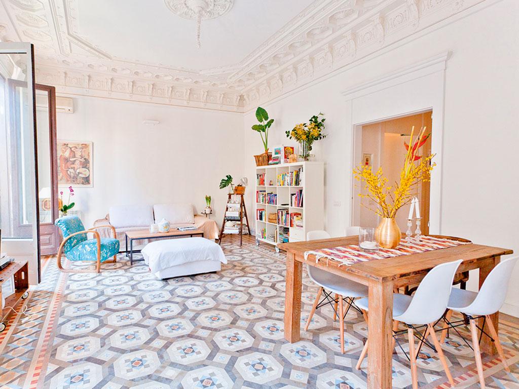 Sunny-Modernist-House-Barcelona-Spain.jpg