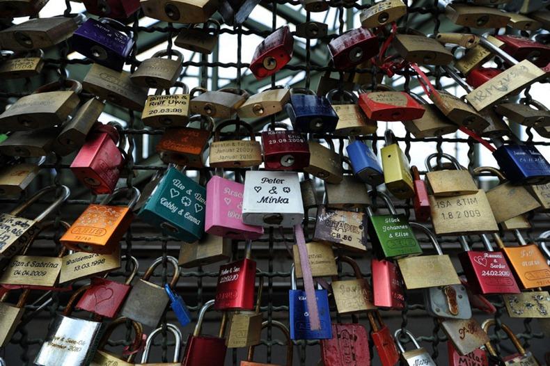 love-locks-2[1].jpg