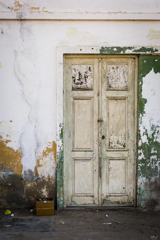 Old doorway in Tombua.  Namibe Provence  ©24Atlantic