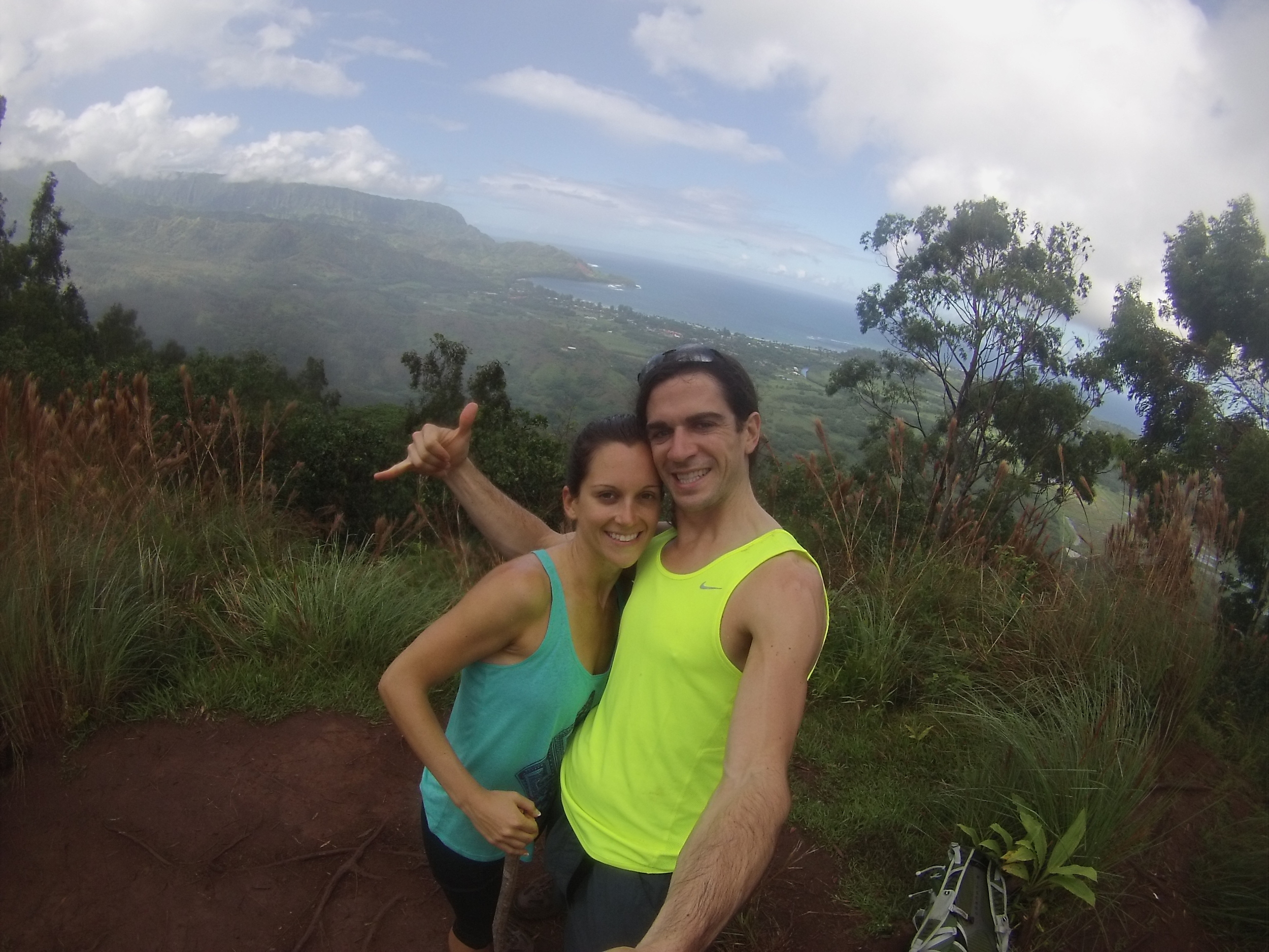 hanging loose with my wifey in hawaii!