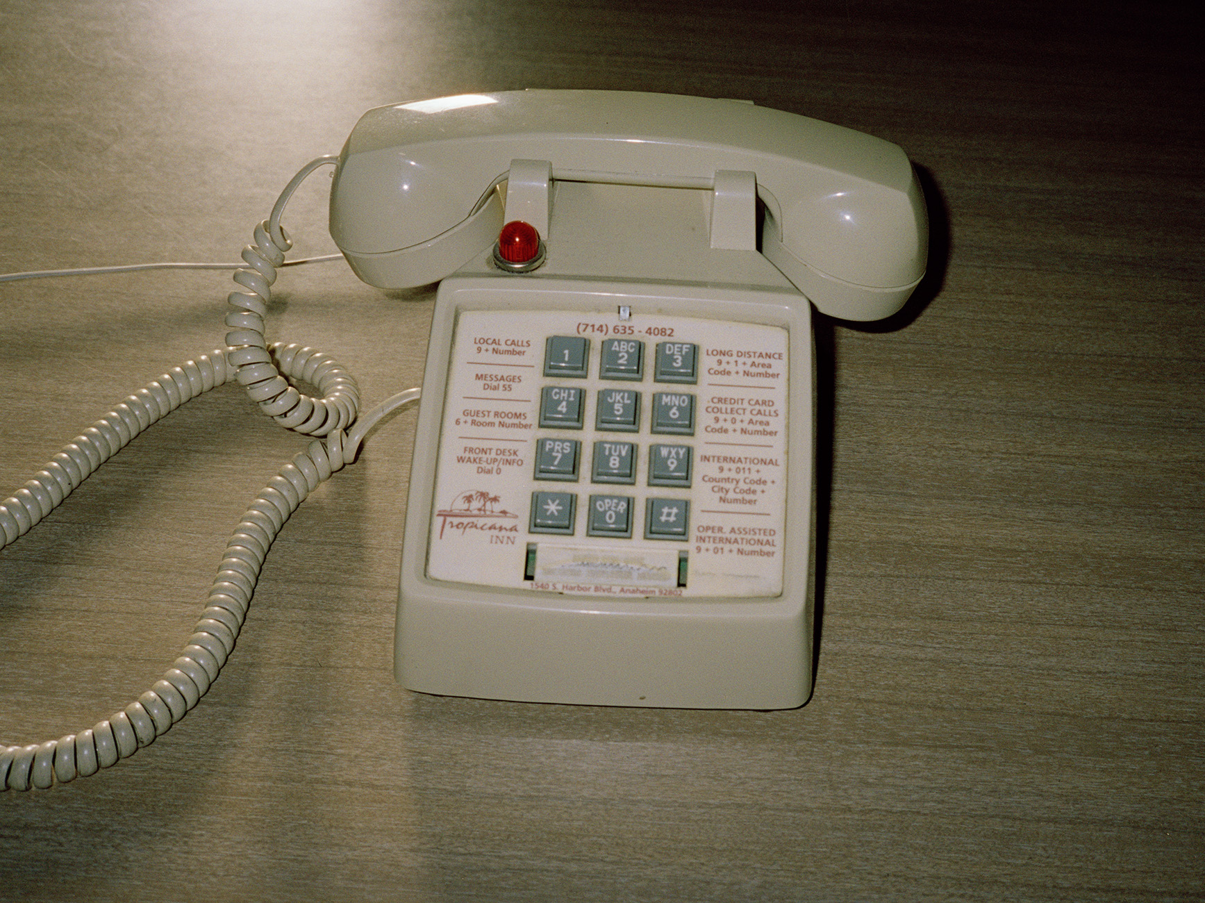 telefon pacific sands copy.jpg