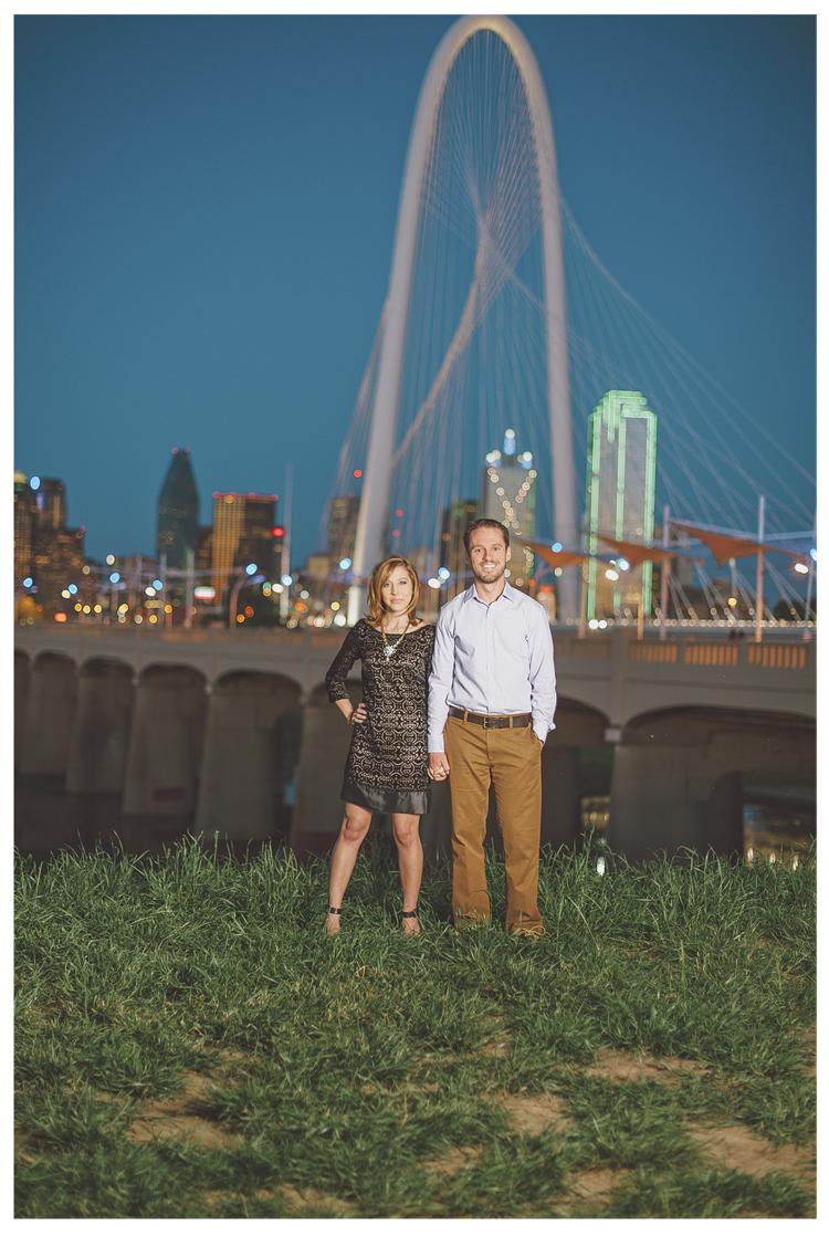 dallas downtown engagement photos