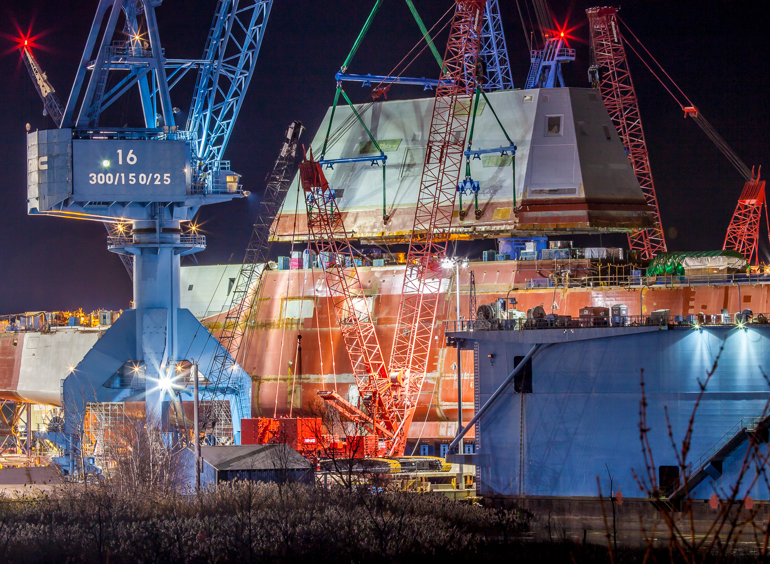 This is a three+ hour time lapse video of the composite deckhouse being lifted onto a brand new Zumwalt destroyer at Bath Iron Works in Bath, Maine.