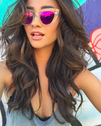 shay-mitchell.png