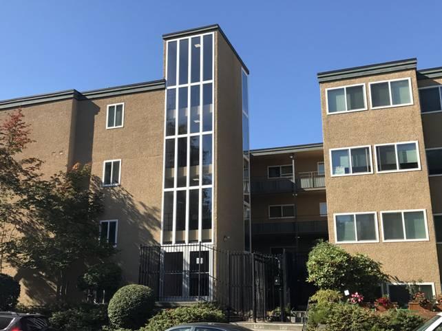 The IRO, Apartment Vacancies near The Avenue & University of Washington