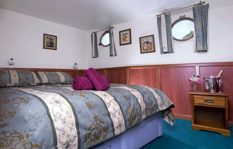 l-art-de-vivre-double-cabin.jpg