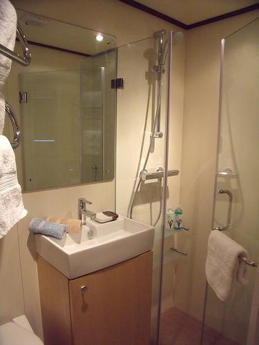 Savoir-Vivre Bath.jpg