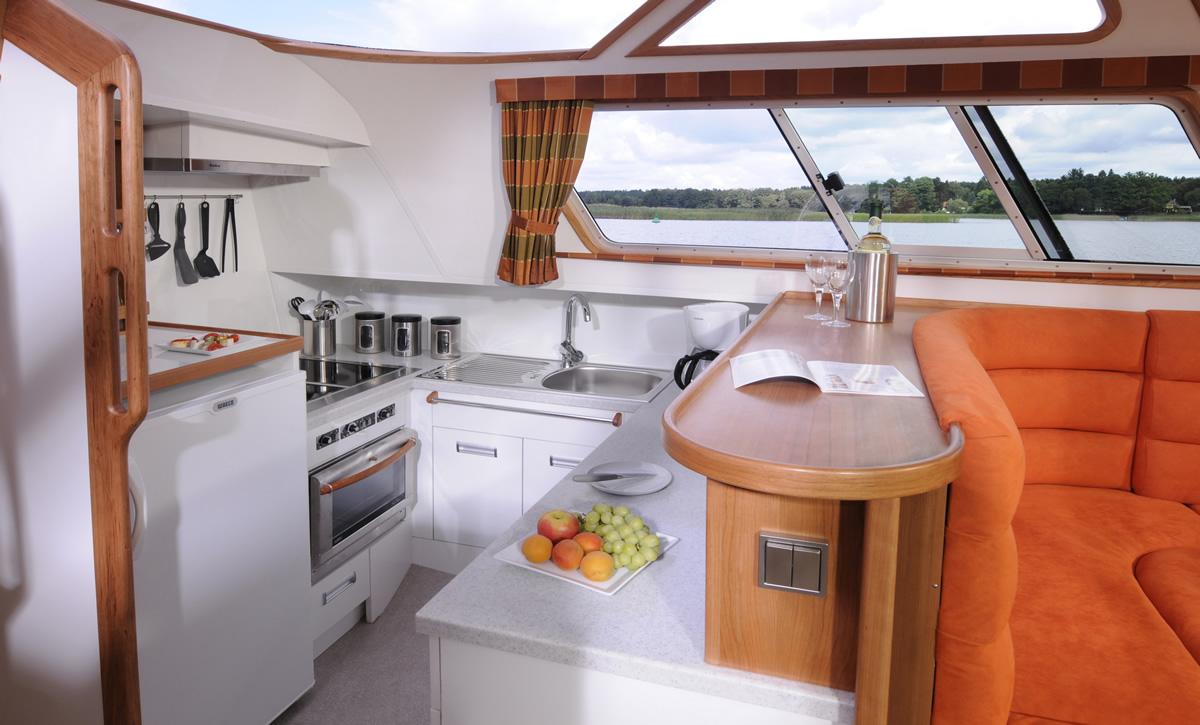 hausboot_europa_700_kuche_3.jpg