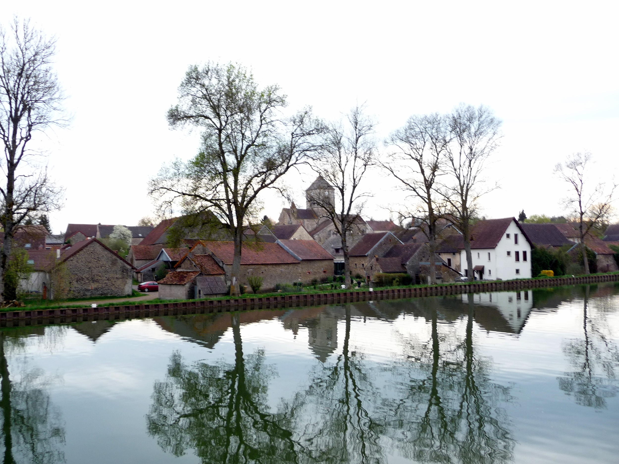 The Burgundy Canal at dusk