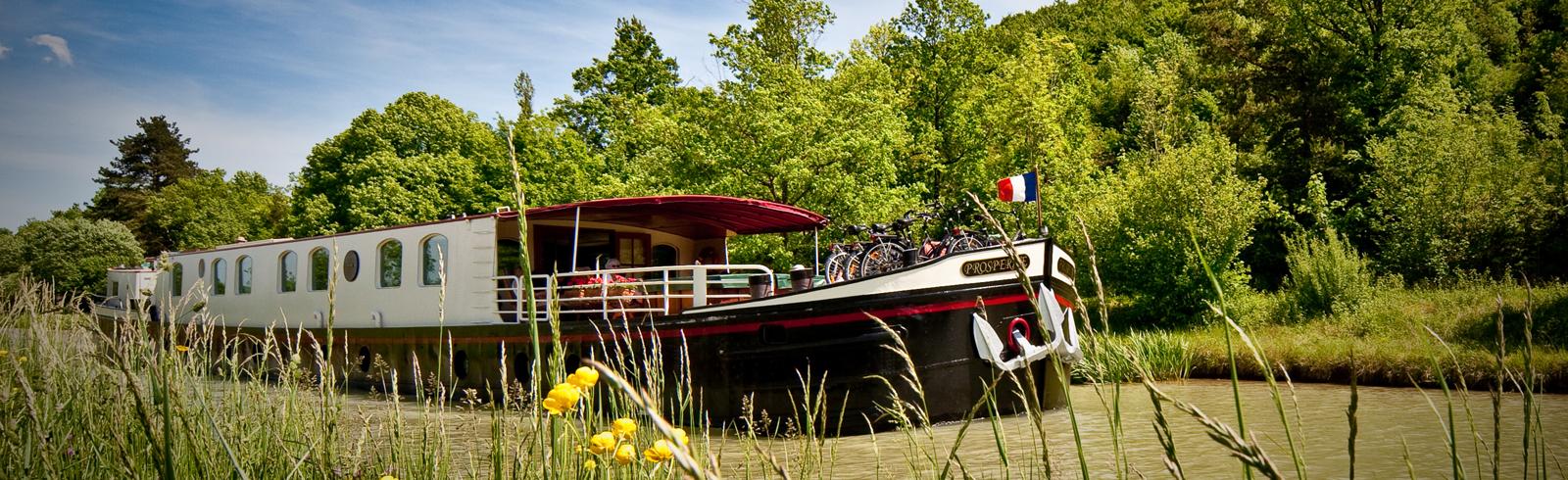 Prosperite-Barge-Boat-4.jpg