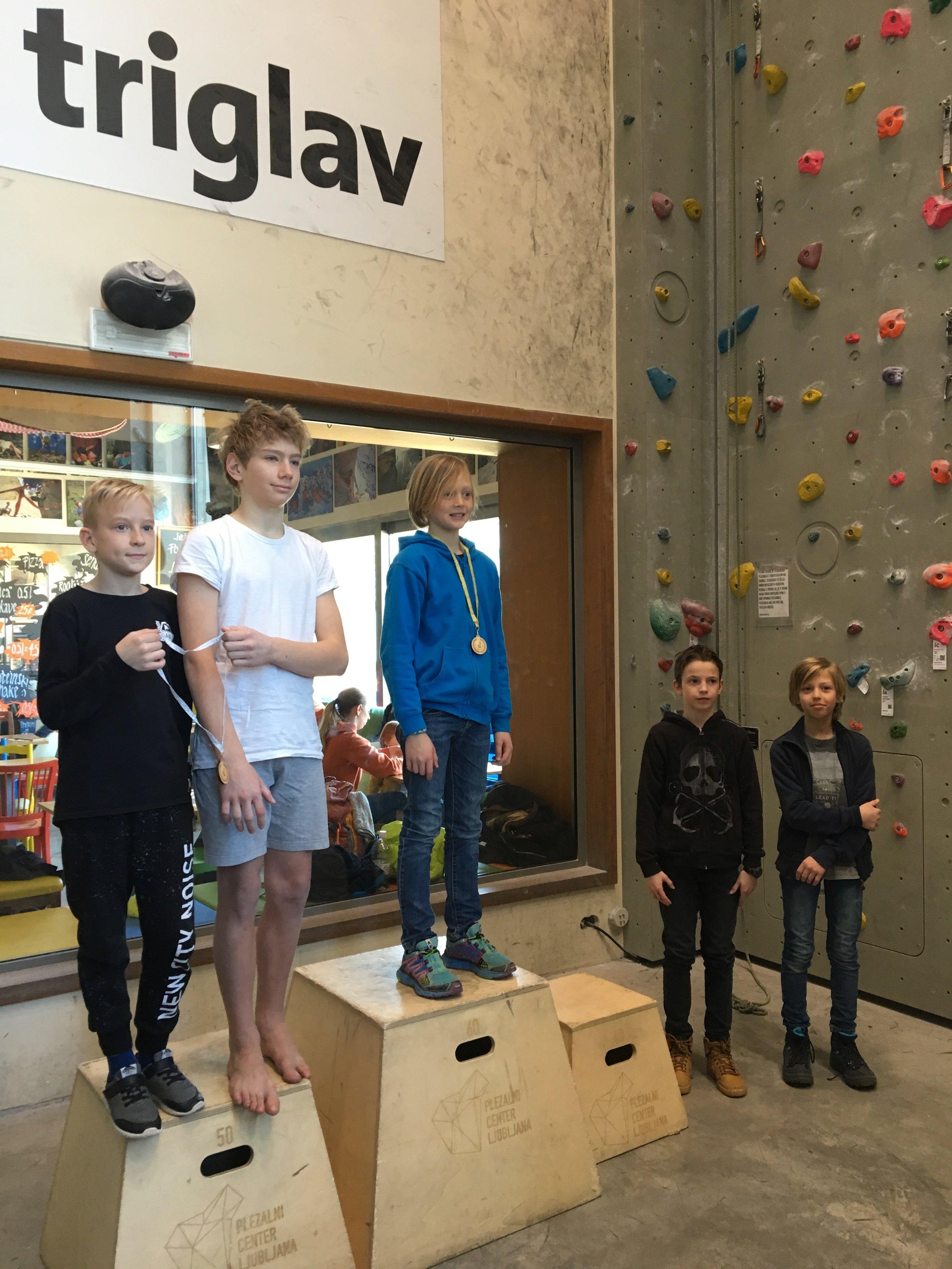 Tekmovanje v športnem plezanju za osnovne šole_Grif_33.jpg