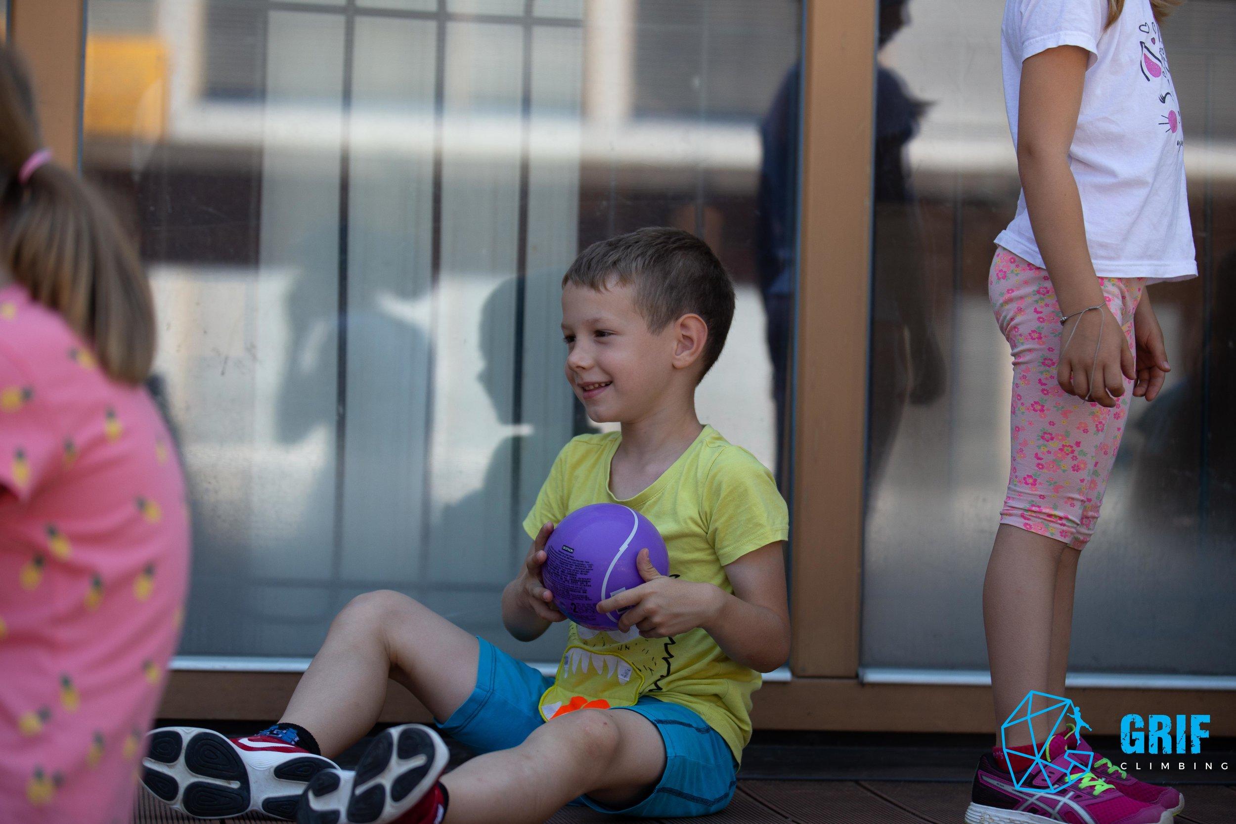 Aktivno počitniško varstvo za otroke Plezalno društvo Grif40.jpg