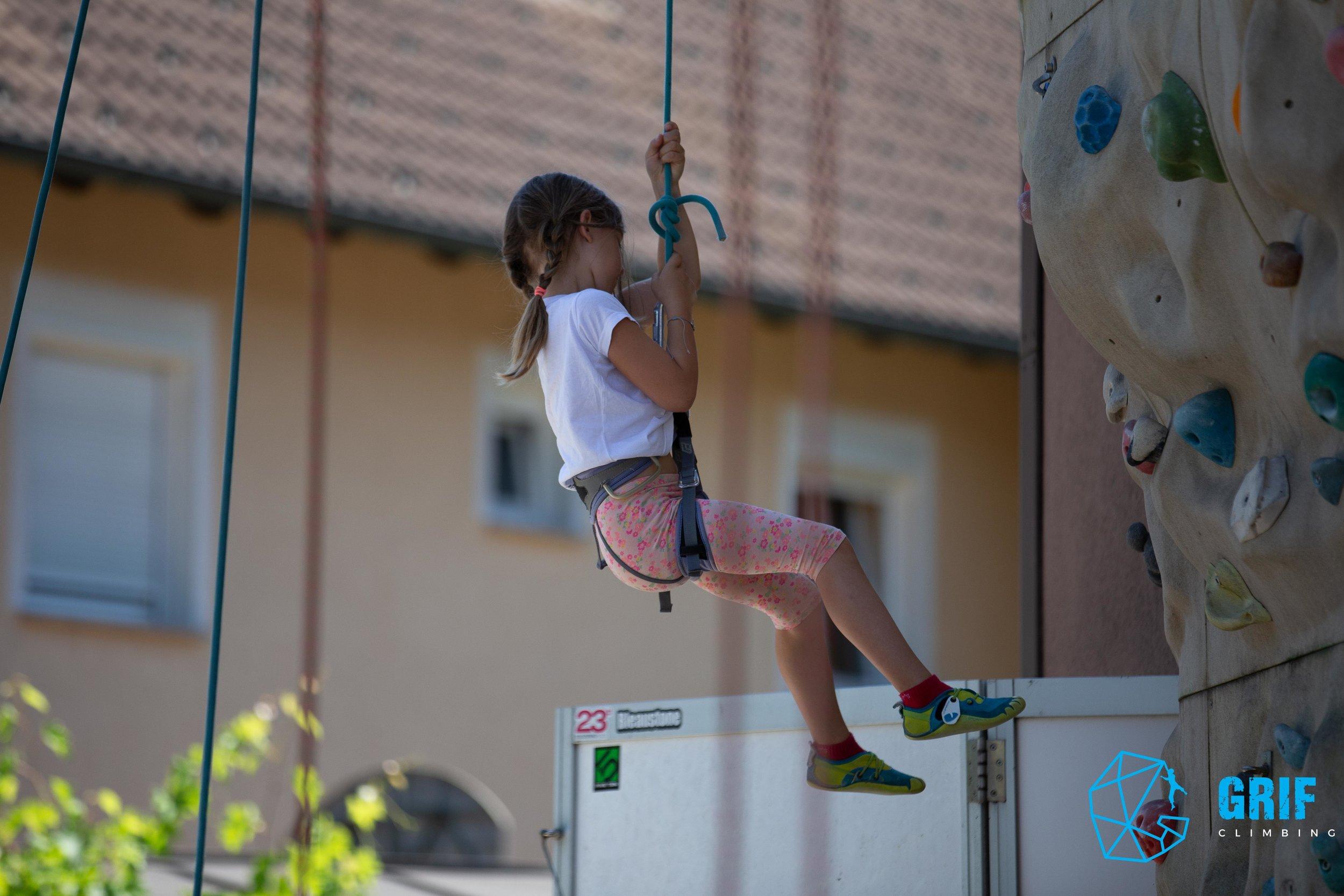 Aktivno počitniško varstvo za otroke Plezalno društvo Grif53.jpg
