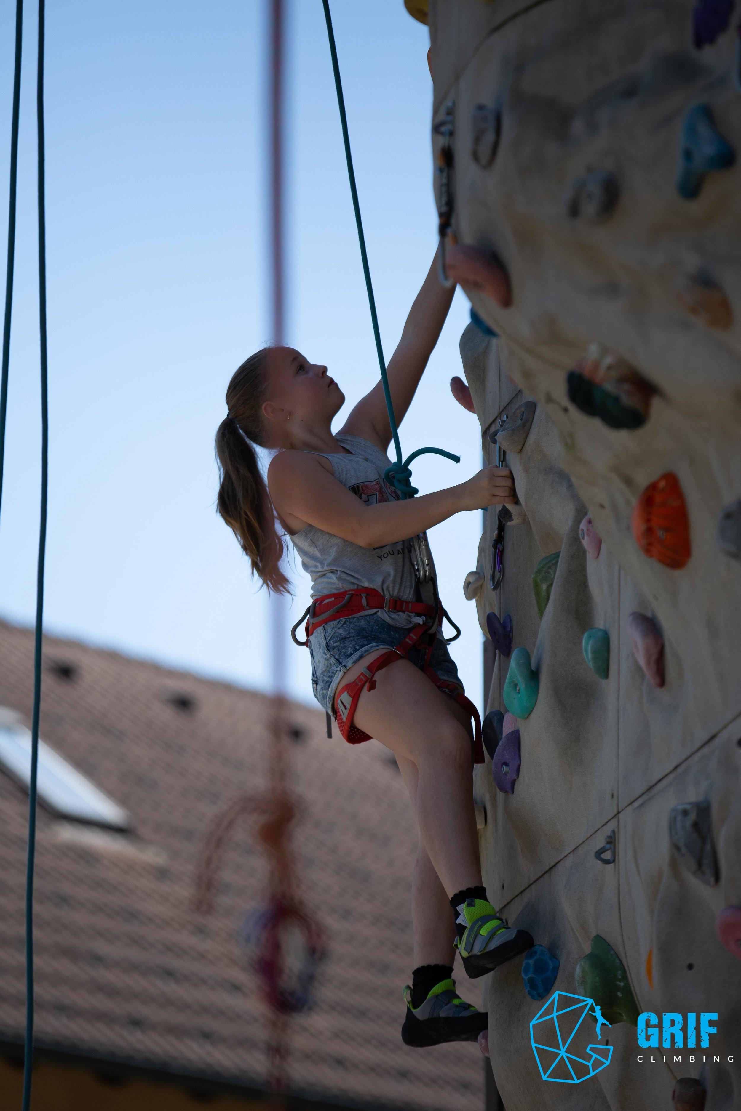 Aktivno počitniško varstvo za otroke Plezalno društvo Grif55.jpg