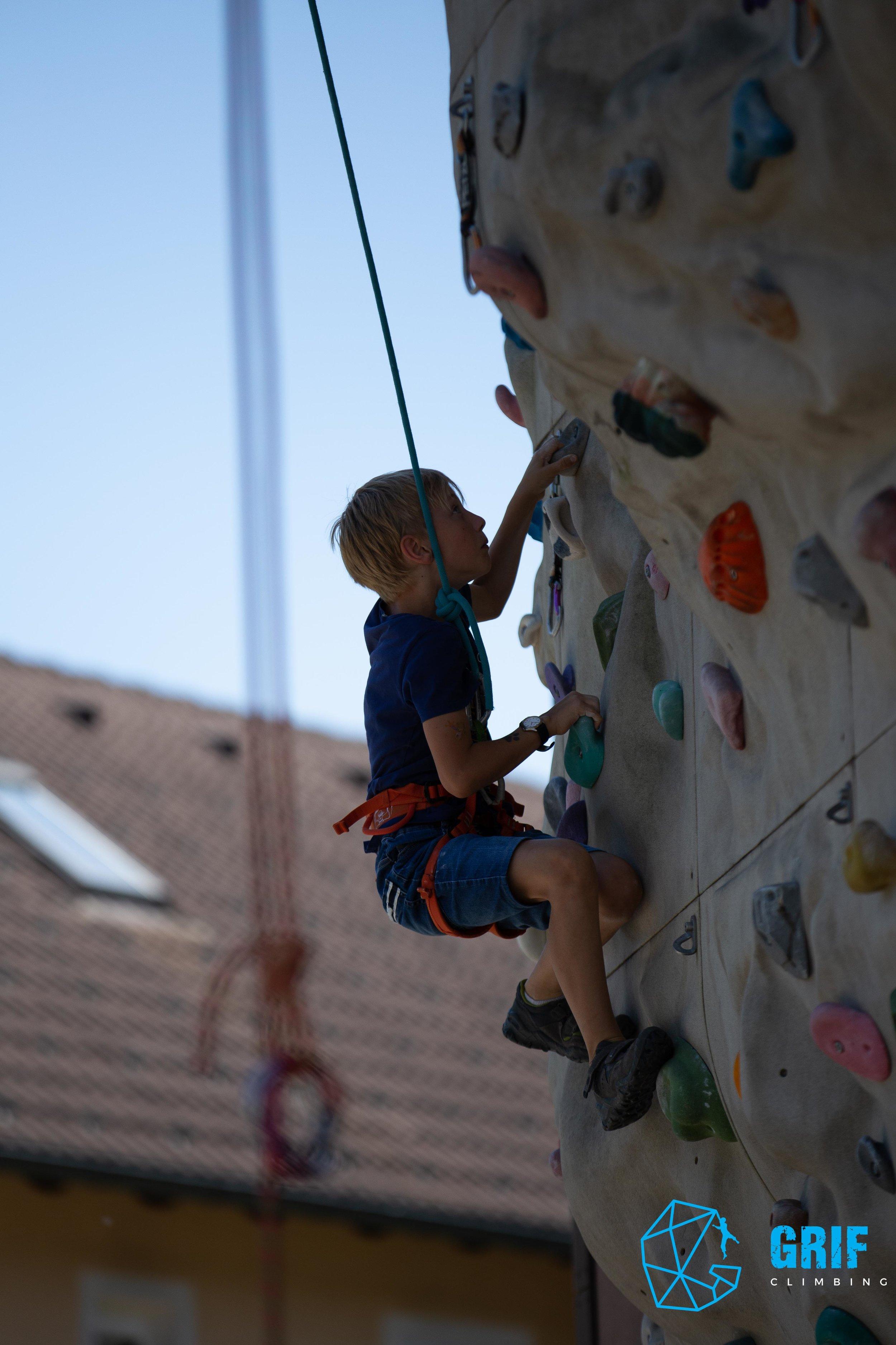 Aktivno počitniško varstvo za otroke Plezalno društvo Grif56.jpg
