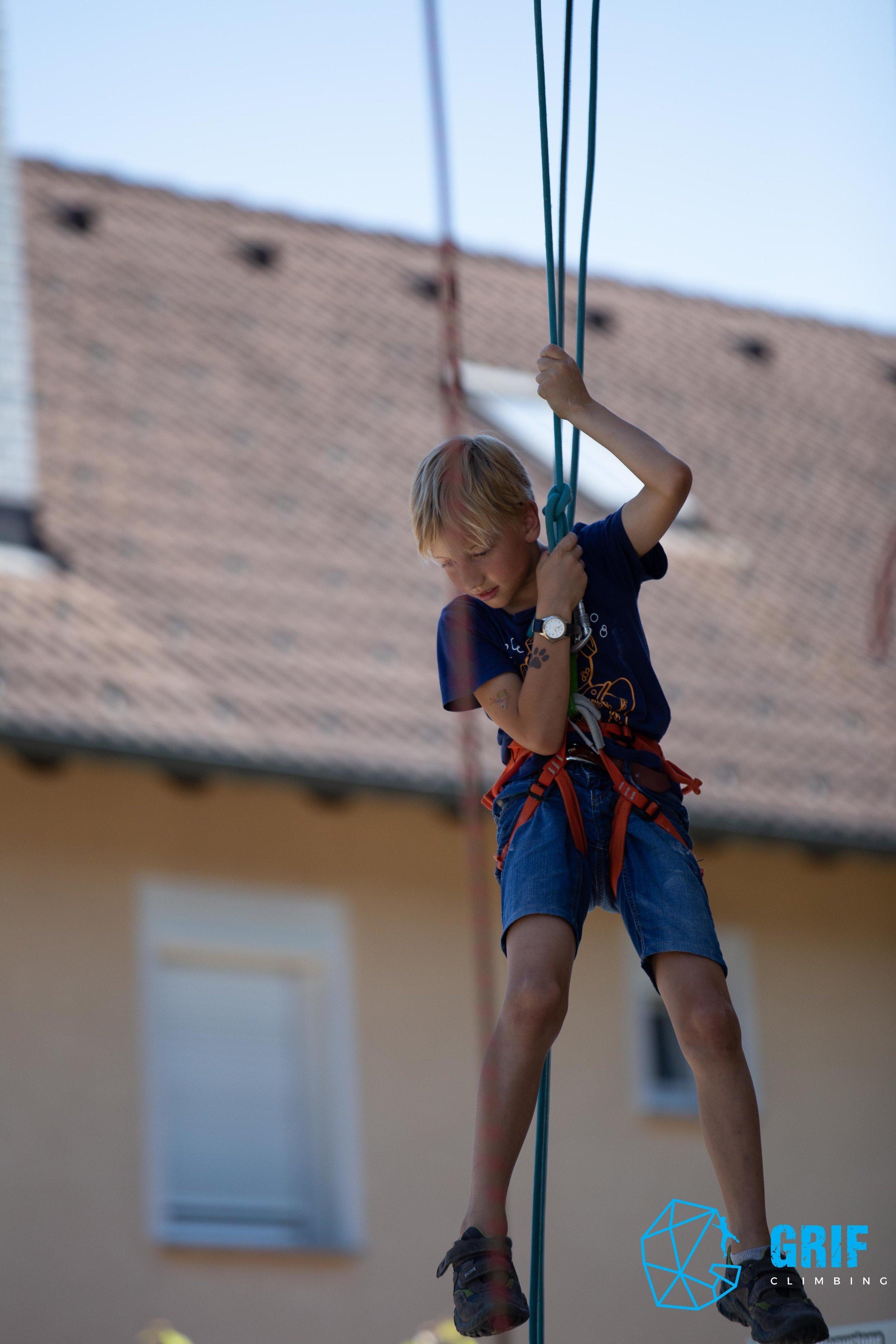 Aktivno počitniško varstvo za otroke Plezalno društvo Grif58.jpg