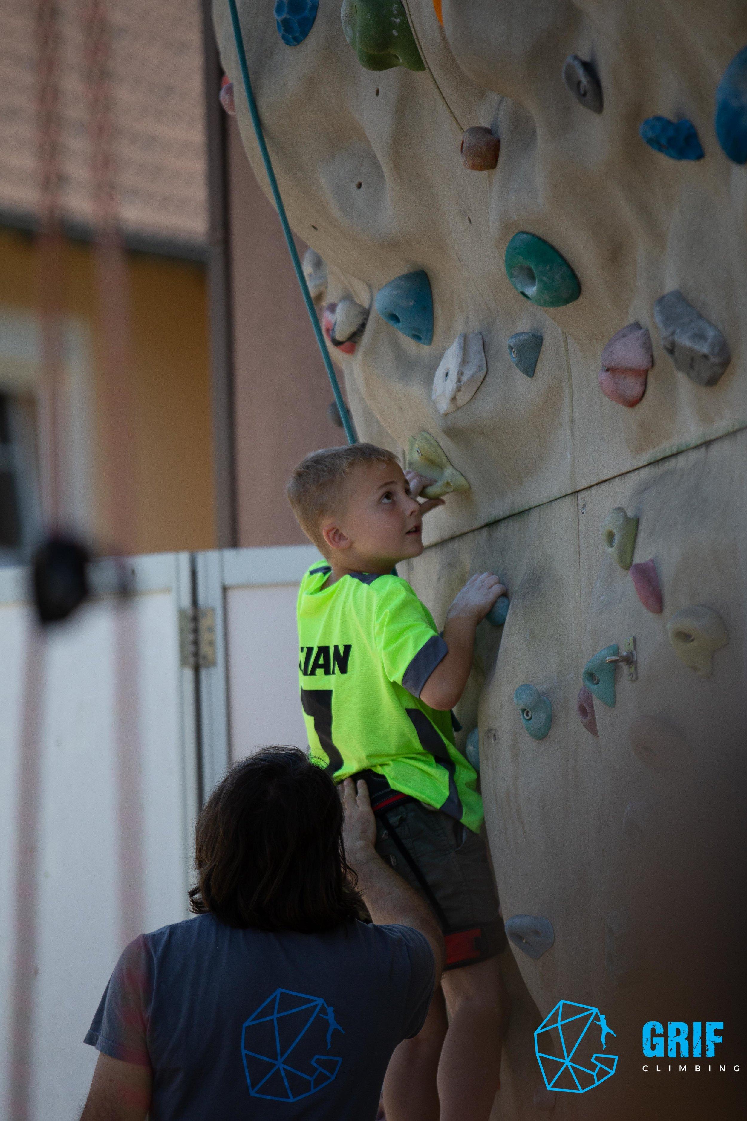 Aktivno počitniško varstvo za otroke Plezalno društvo Grif88.jpg