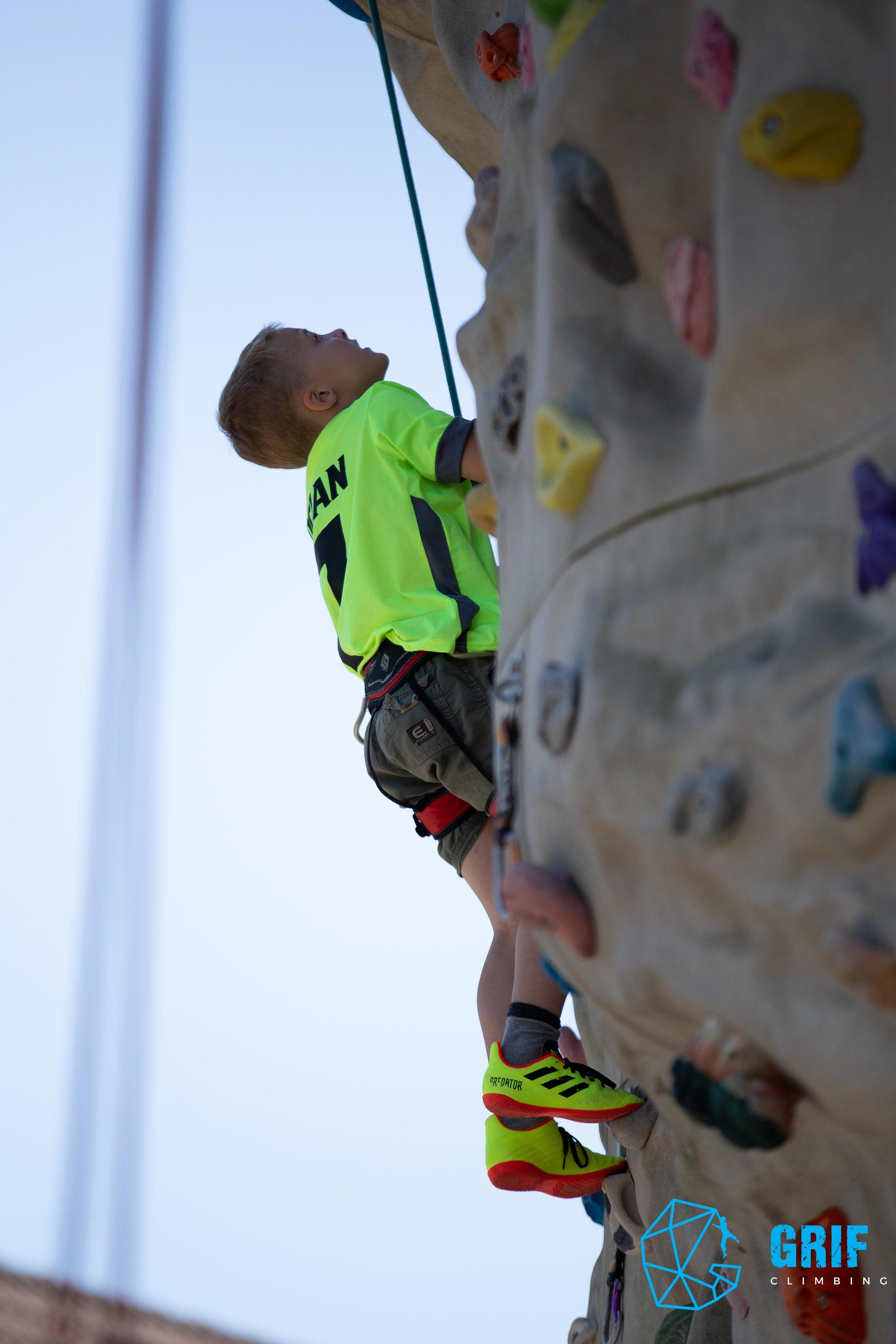 Aktivno počitniško varstvo za otroke Plezalno društvo Grif99.jpg