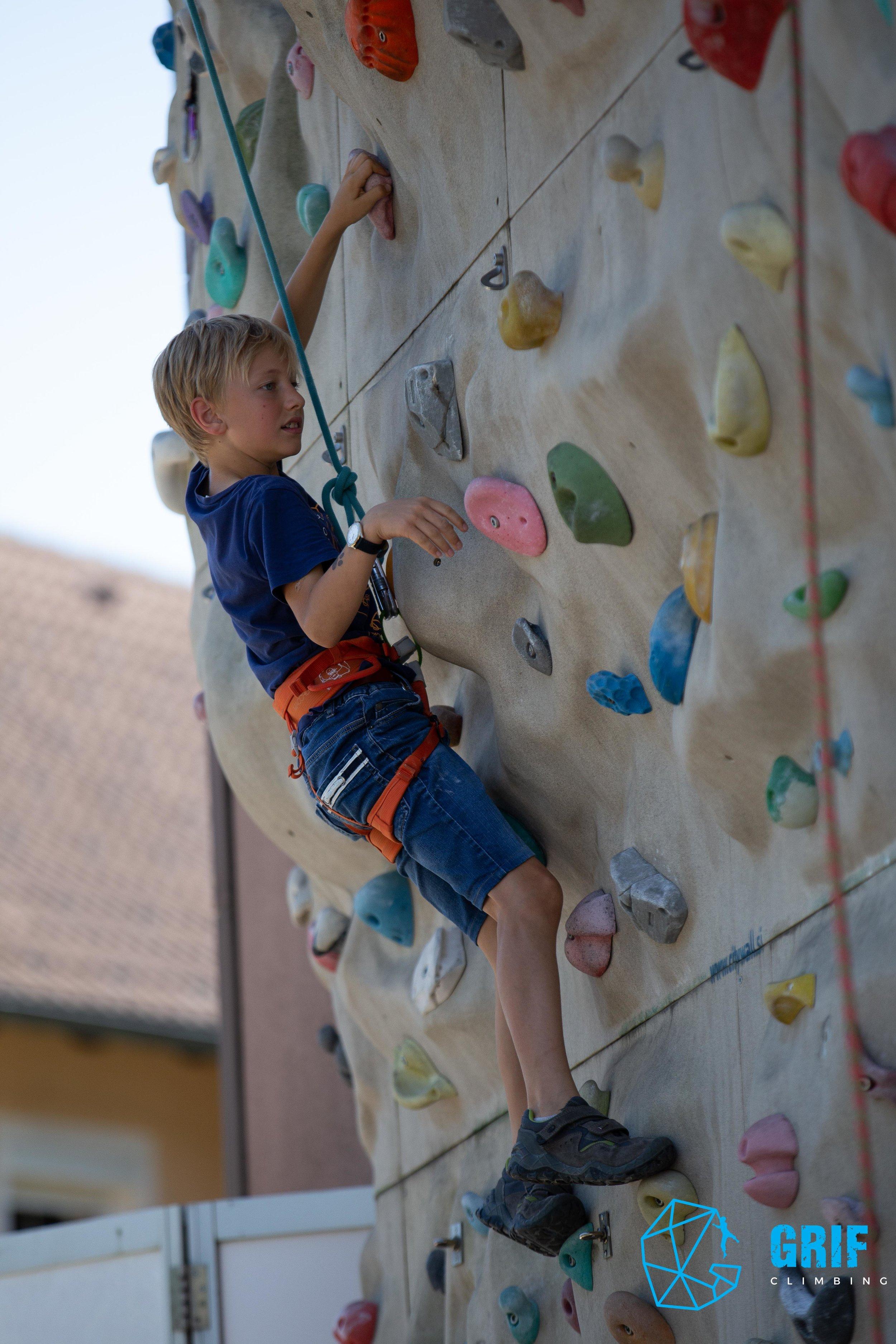 Aktivno počitniško varstvo za otroke Plezalno društvo Grif105.jpg
