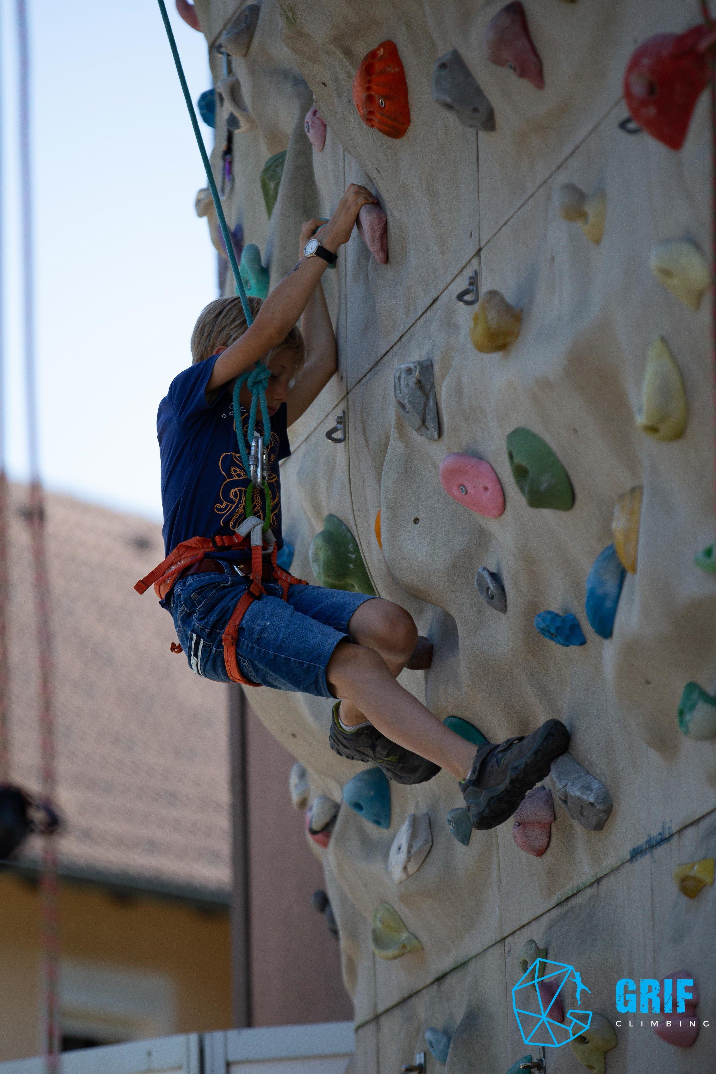 Aktivno počitniško varstvo za otroke Plezalno društvo Grif108.jpg