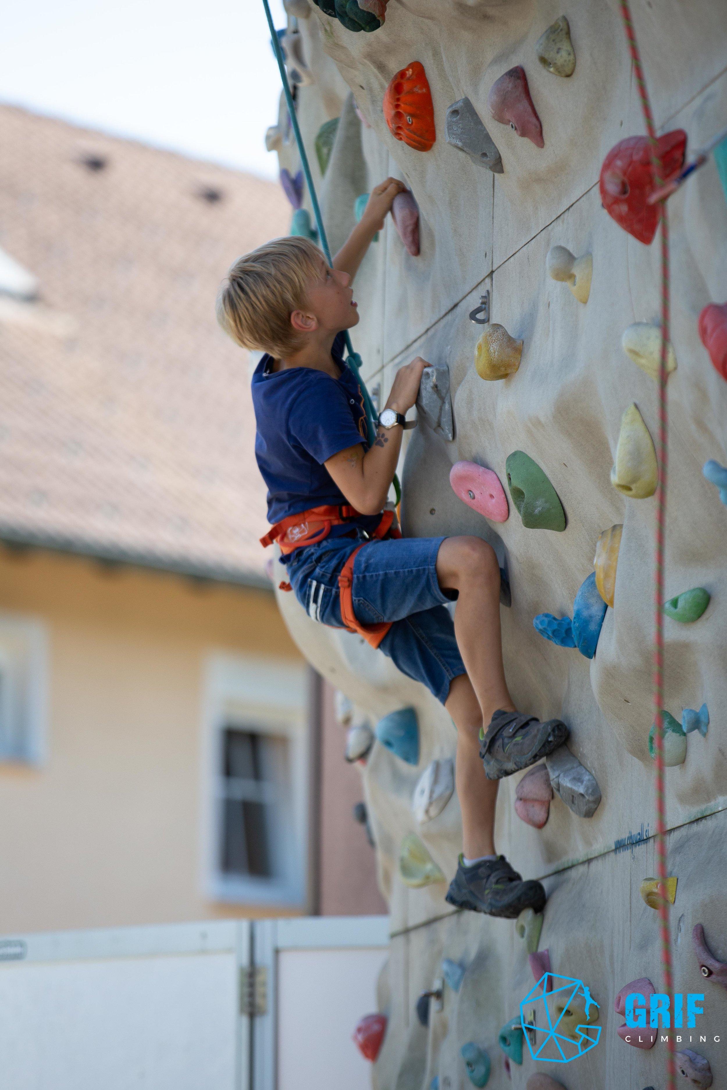 Aktivno počitniško varstvo za otroke Plezalno društvo Grif146.jpg