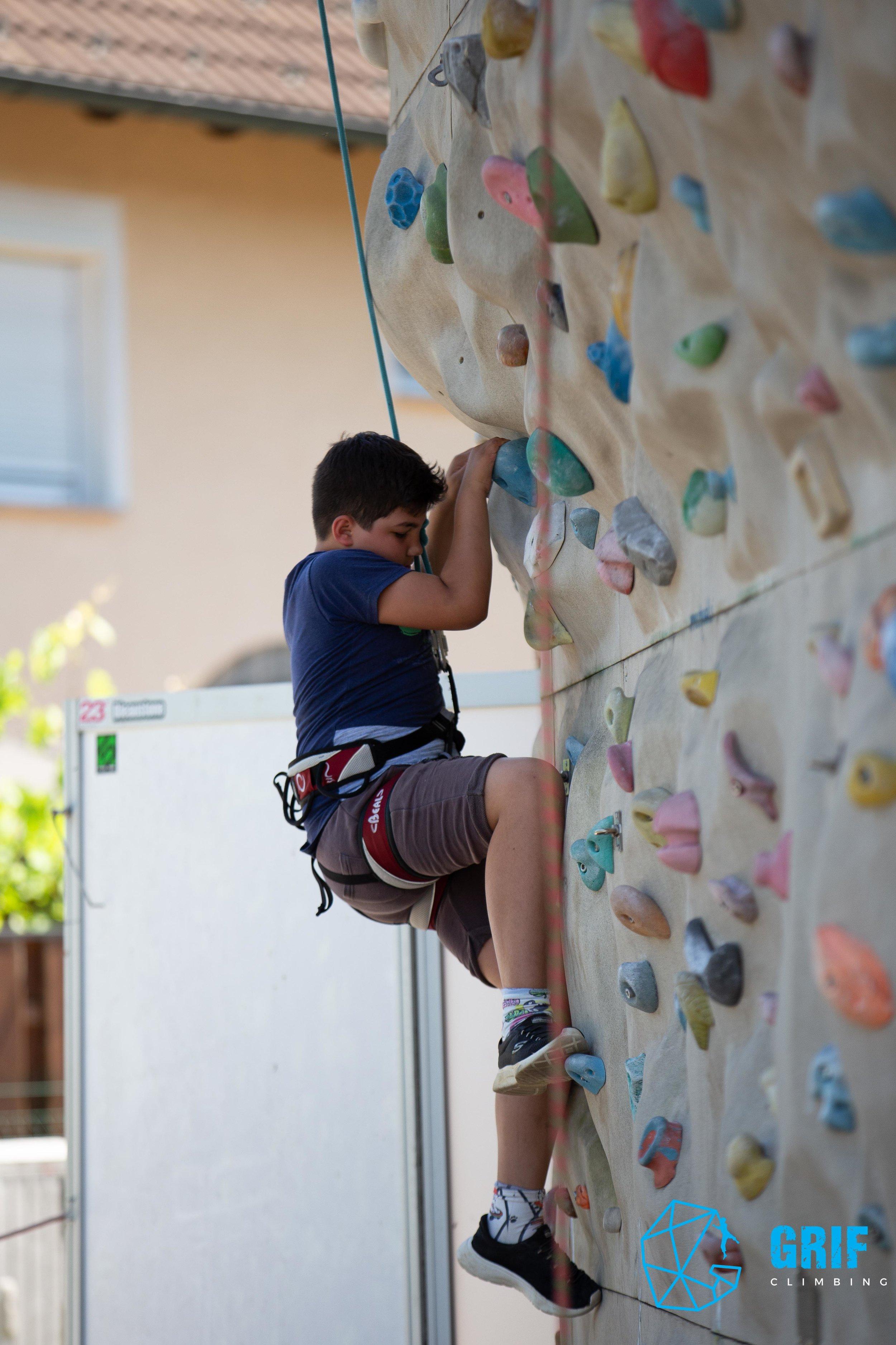 Aktivno počitniško varstvo za otroke Plezalno društvo Grif154.jpg
