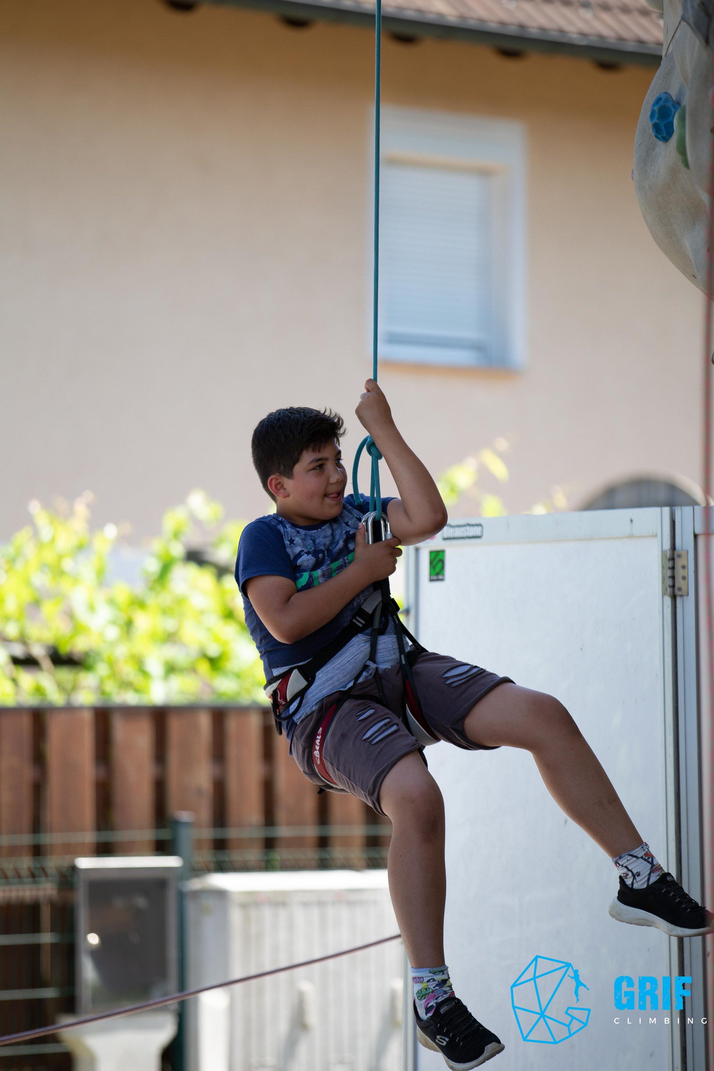 Aktivno počitniško varstvo za otroke Plezalno društvo Grif163.jpg