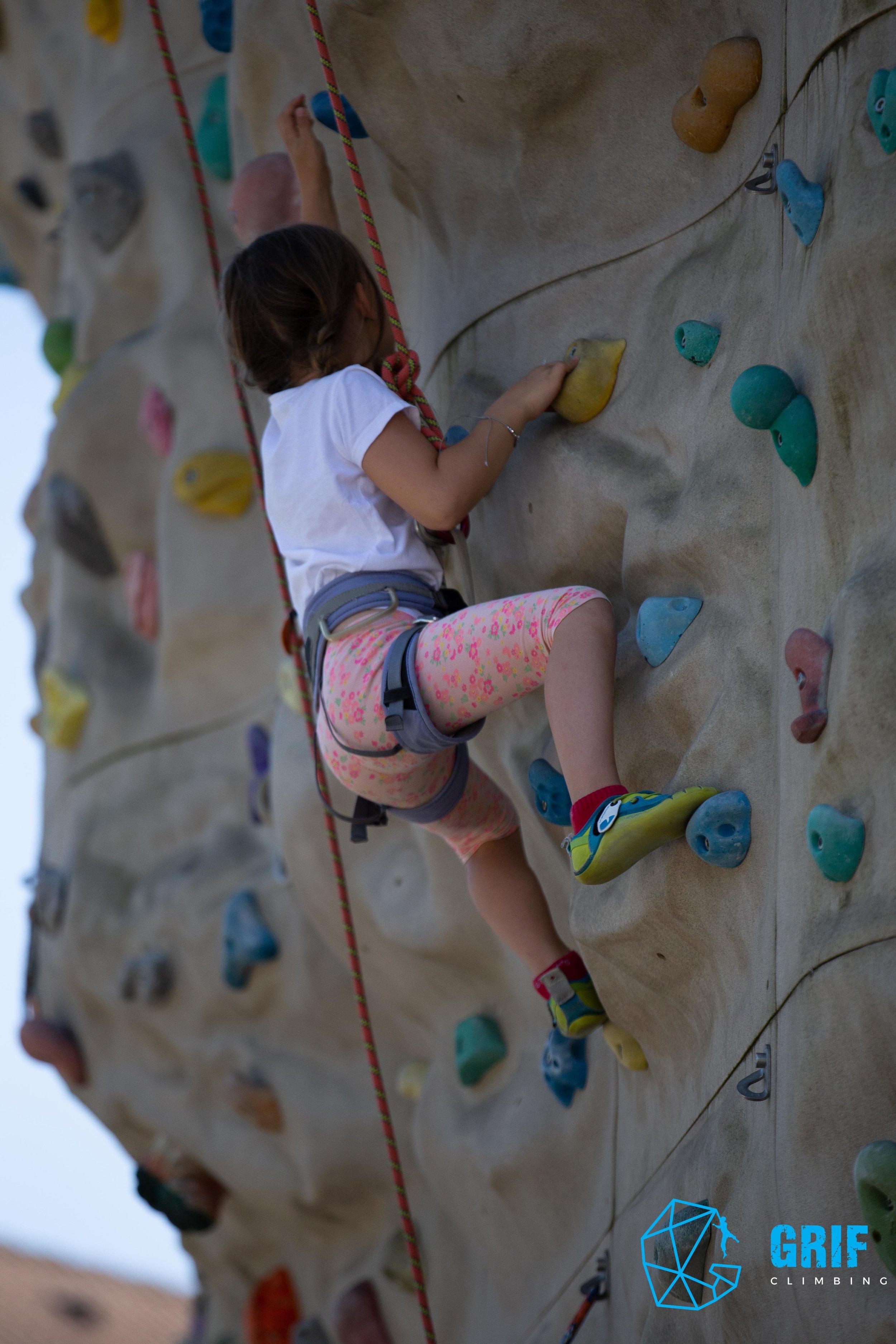 Aktivno počitniško varstvo za otroke Plezalno društvo Grif170.jpg