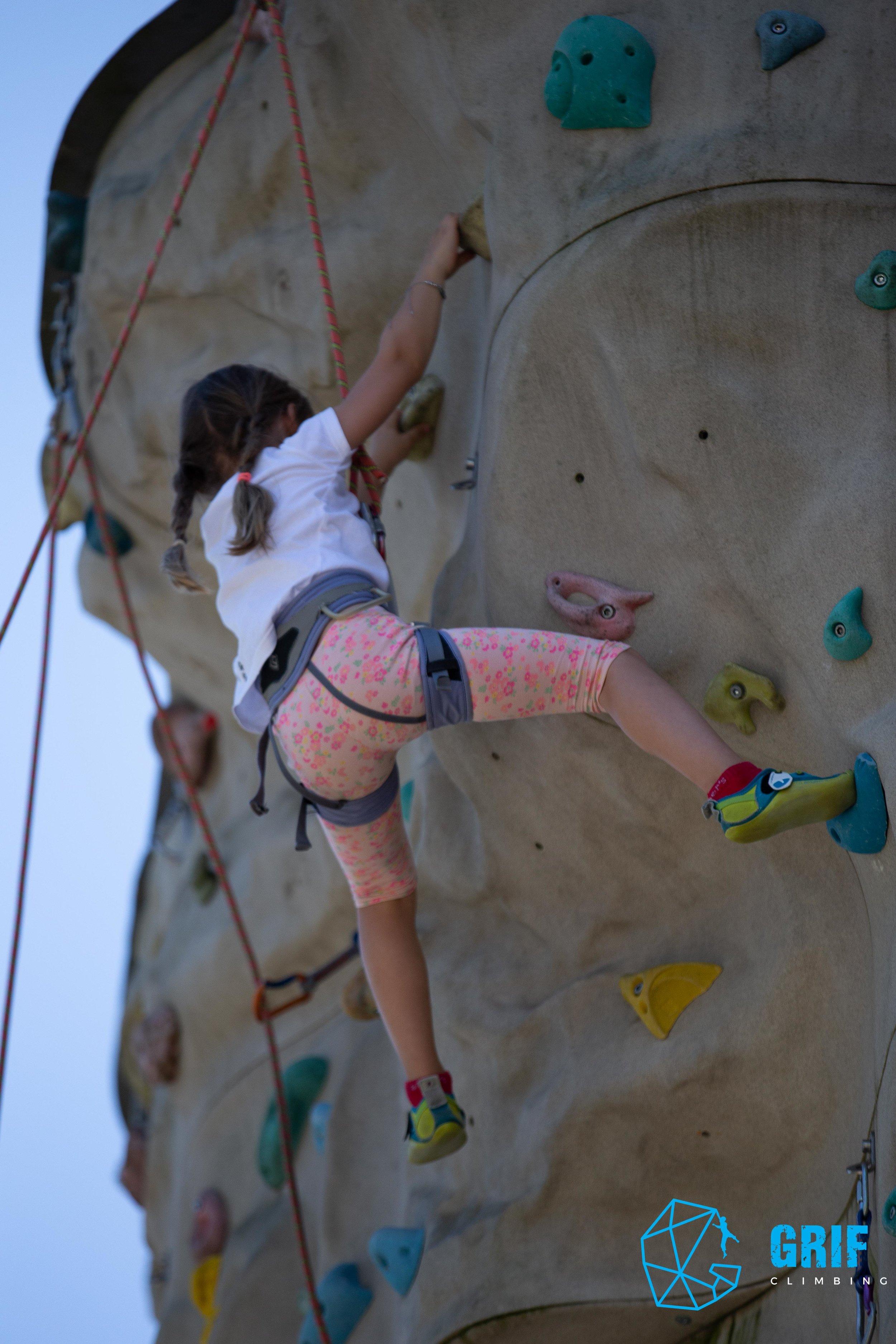 Aktivno počitniško varstvo za otroke Plezalno društvo Grif175.jpg