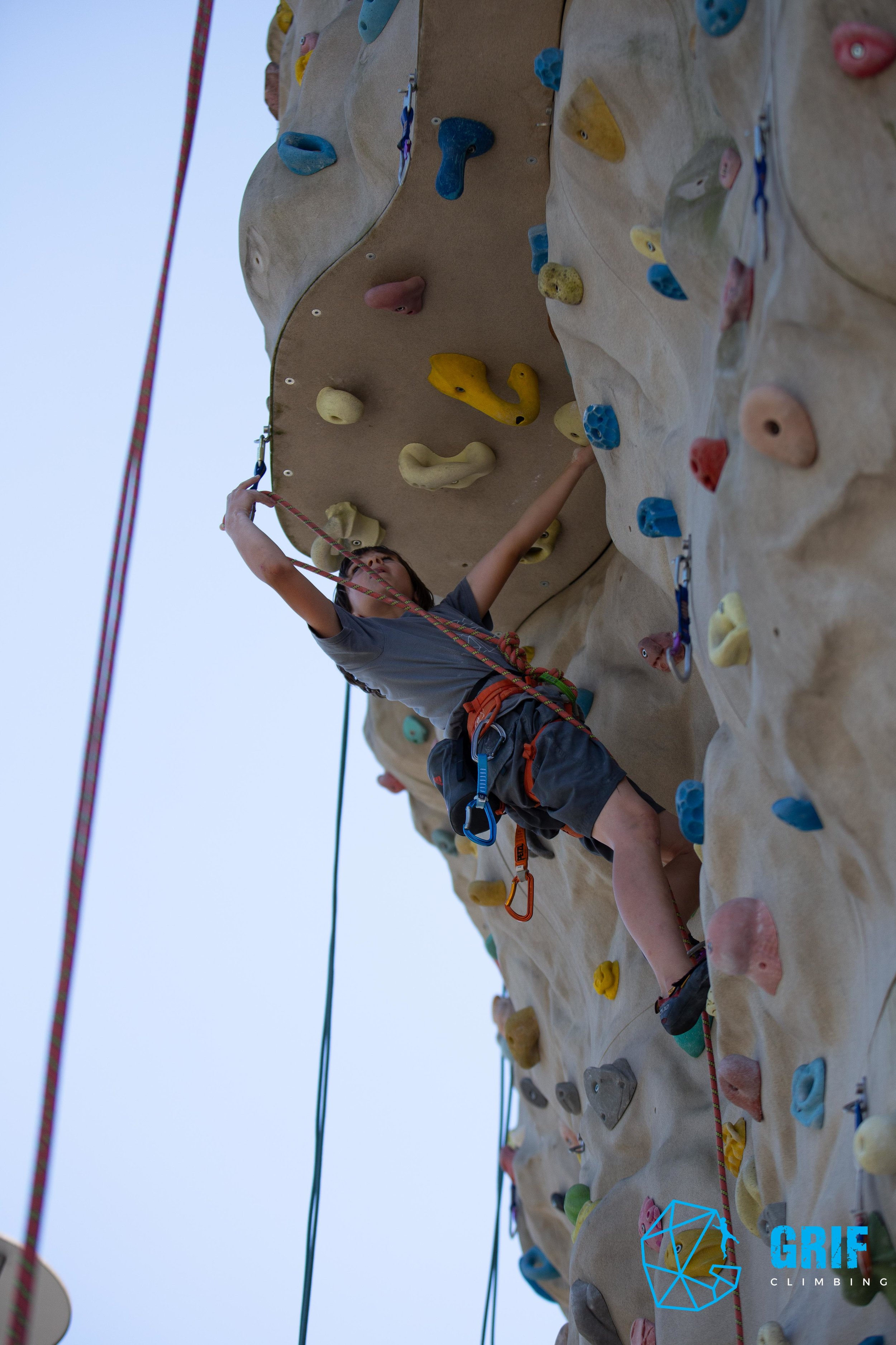 Aktivno počitniško varstvo za otroke Plezalno društvo Grif188.jpg