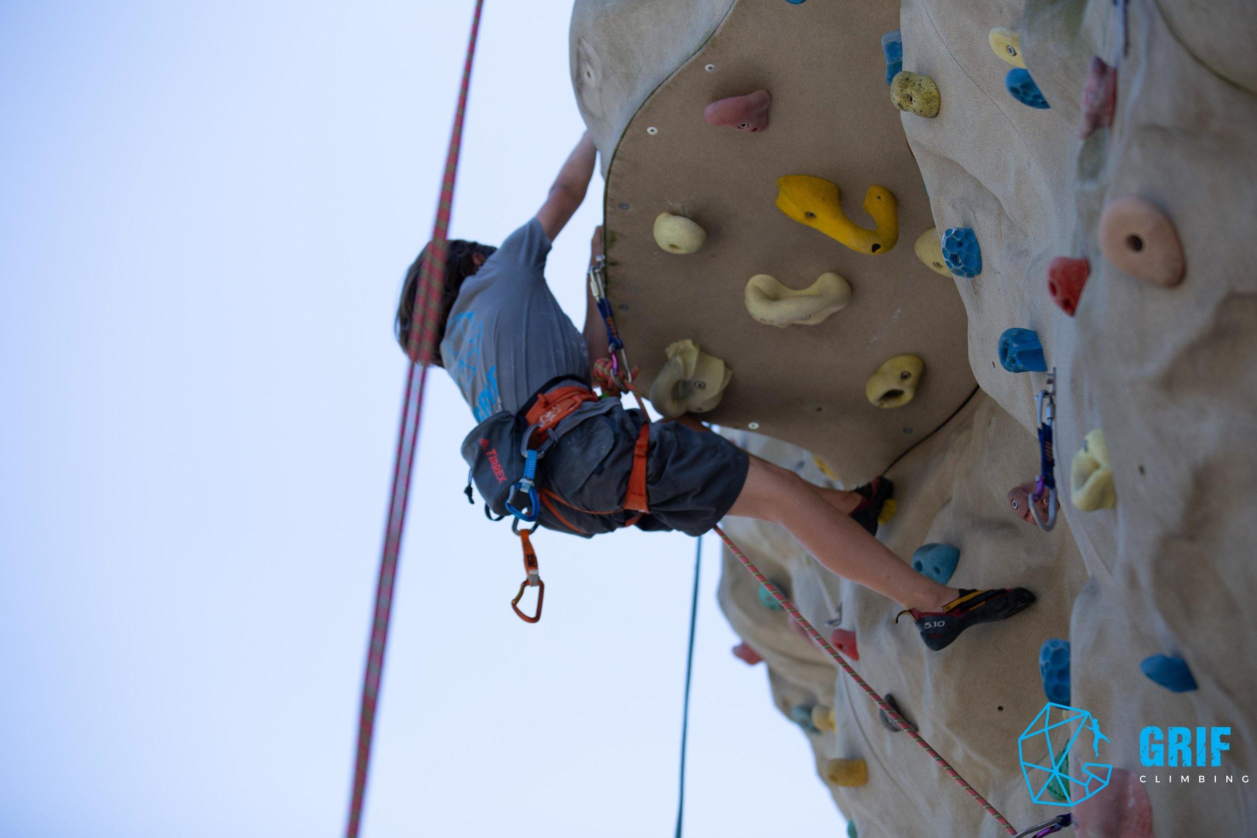 Aktivno počitniško varstvo za otroke Plezalno društvo Grif190.jpg