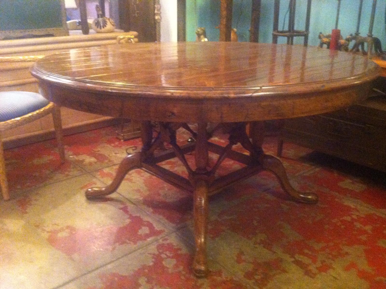 custom made round dining table